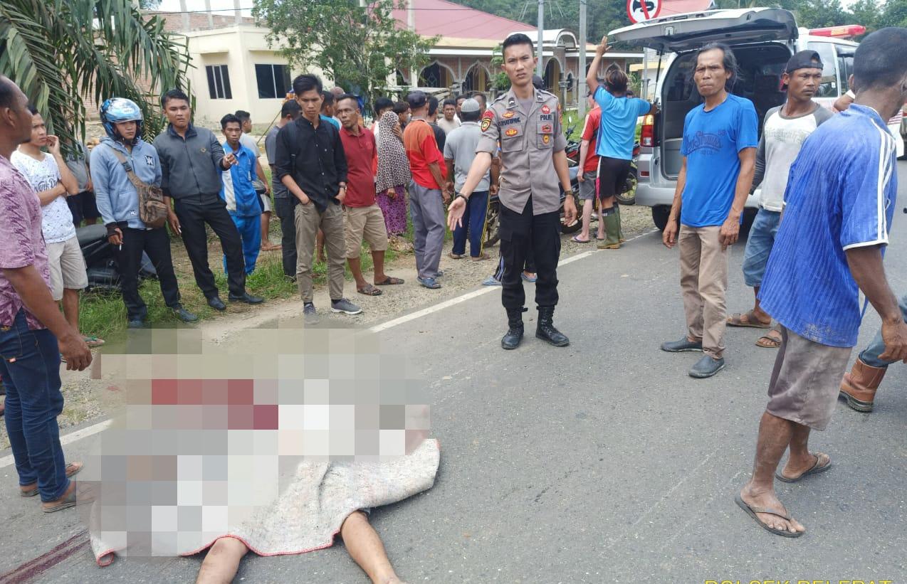 Kecelakaan di Pelepat Muara Bungo, Sepeda Motor Honda REVO vs minibus Toyota Innova