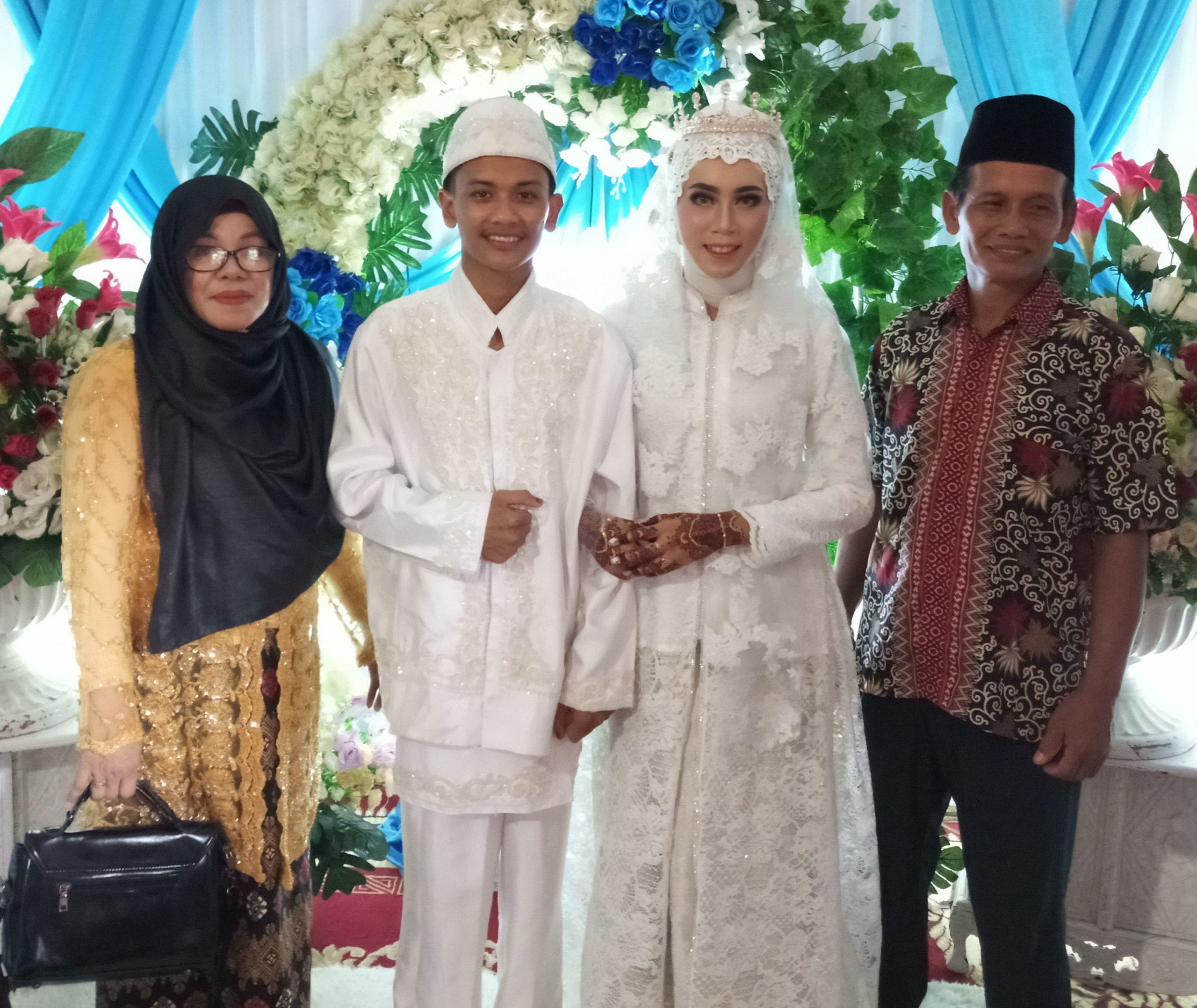 Pernikahan Tri Wulandari dan Hamzah